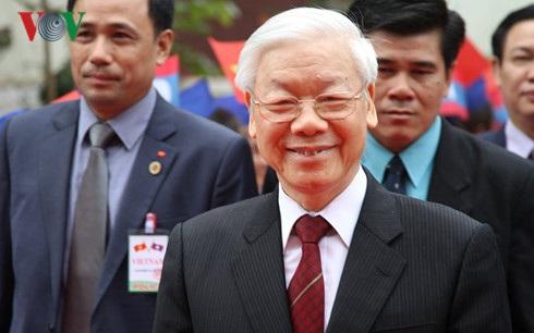 Tổng Bí thư Nguyễn Phú Trọng đến thăm và nói chuyện tại ĐHQG Lào sáng 25/11