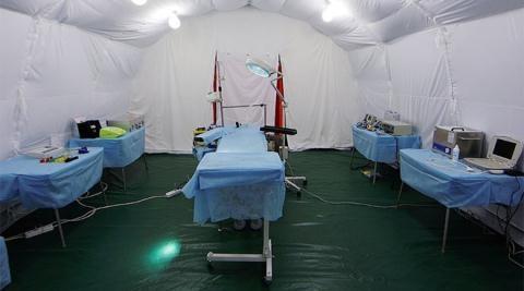 Bộ Các tình trạng khẩn cấp Nga triển khai bệnh viện di động Centrospas tới Aleppo.