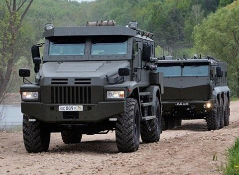 Xe bọc thép Patrol có thể chịu được mìn có sức công phá tương đương 6kg thuốc nổ TNT