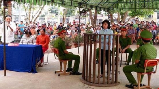 Bị cáo Nguyễn Ánh Ngọc tại tòa sáng 4/12. Ảnh: TT