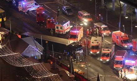 Khu chợ Giáng sinh bị tấn công khủng bố ở Berlin. Ảnh: Bild.