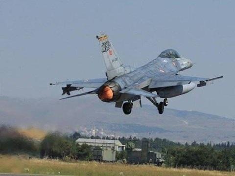 Chiến đấu cơ Thổ Nhĩ Kỳ tham chiến ở Al-Bab