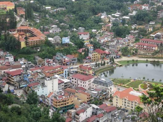 Thị trấn Sa Pa phát triển sầm uất. (Ảnh: Internet)
