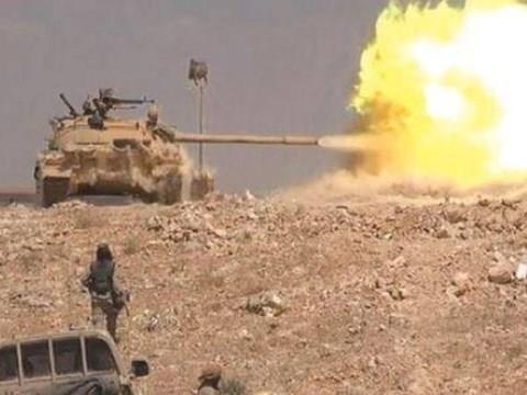 Quân đội Syria nã pháo vào thành trì của IS ở phía đông tỉnh Homs
