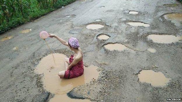 Ngắm dung nhan người mẫu Thái Lan tắm bùn trong ổ gà - 2