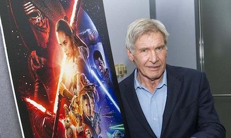 """Nhà sản xuất """"Star war 7"""" bị phạt gần 2 triệu đô la Mỹ vì vụ tai nạn của Harrison Ford"""