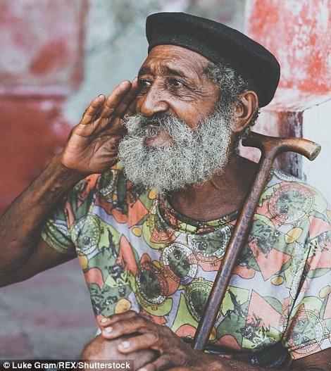 Nhiếp ảnh gia kể chuyện về cuộc sống con người qua những bức ảnh chân dung - 1
