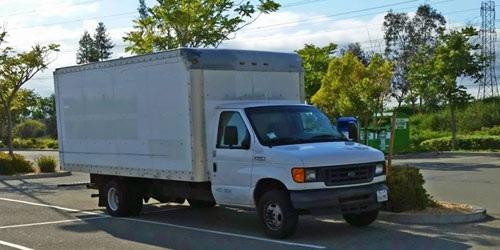 Chiếc xe tải giúp Brandon tiết kiệm được 90% thu nhập của mình.