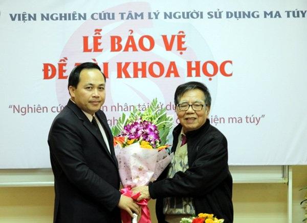 Anh Lê Trung Tuấn trong buổi bảo vệ đề tài khoa học