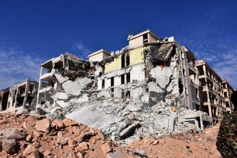 Quân đội chính phủ Syria và các lực lượng vẫn chưa thể kết thúc cuộc chiến chống IS dù rất cố gắng
