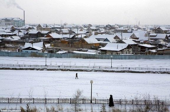 Đến thăm thị trấn có người ở lạnh nhất thế giới - 10