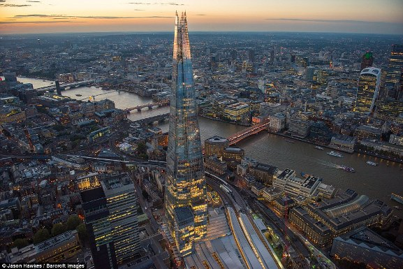 Những bức ảnh tuyệt đẹp chụp London từ trên cao - 10