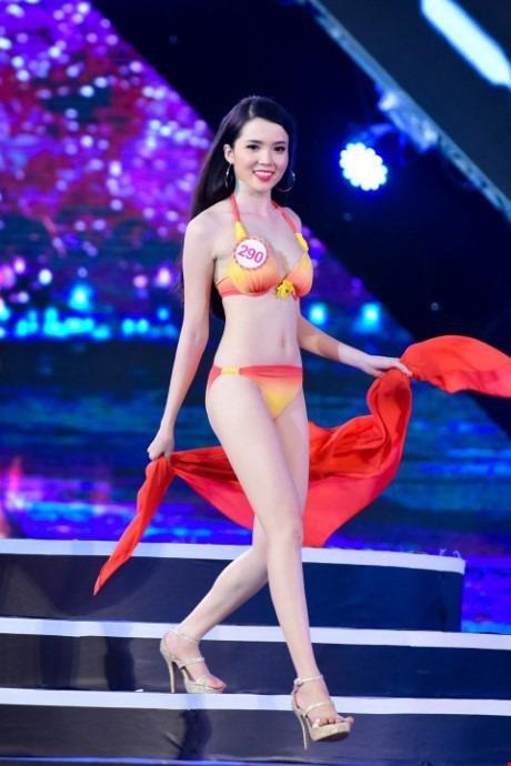 Huỳnh Thúy Vi - người đẹp giống hoa hậu Nguyễn Cao Kỳ Duyên - Ảnh 6.