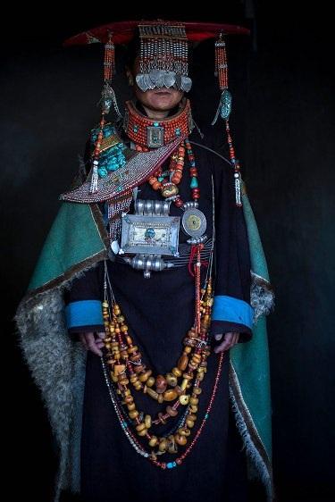 Những bộ lạc đang dần biến mất trên thế giới - 13