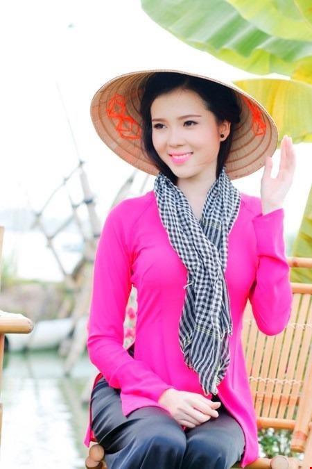 Huỳnh Thúy Vi - người đẹp giống hoa hậu Nguyễn Cao Kỳ Duyên - Ảnh 9.