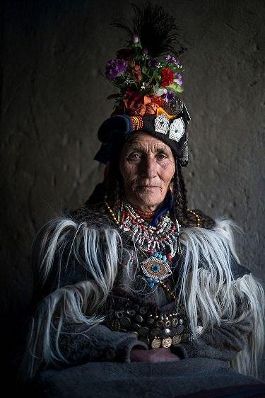 Những bộ lạc đang dần biến mất trên thế giới - 14
