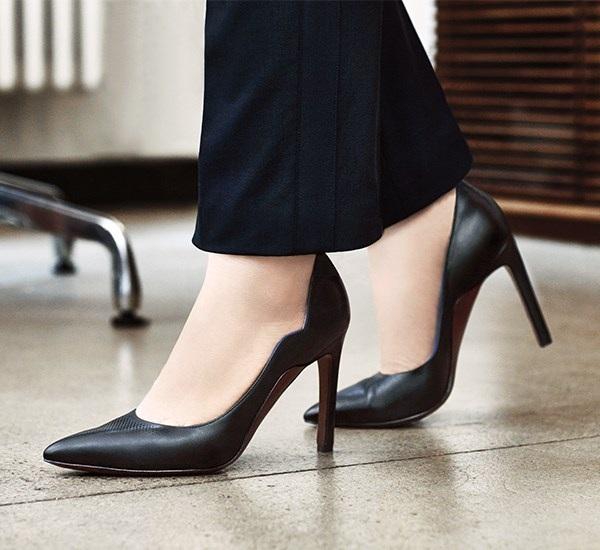Hành trình biến đổi ngoạn mục của những đôi giày cao gót - 18
