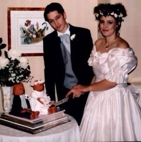 Sue xinh đẹp trong đám cưới năm 1995