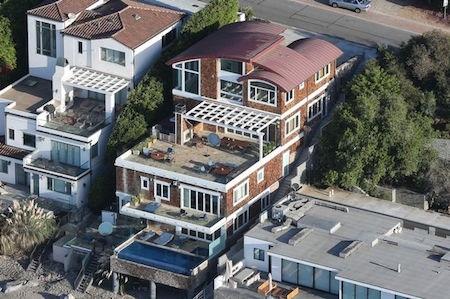 James Corden phải bỏ ra gần 1.8 tỉ đồng tiền thuê nhà