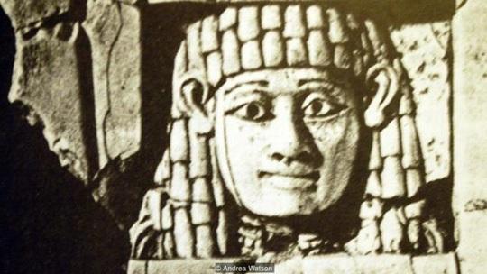 Những người phụ nữ trông coi đền thờ Aphrodite phải quan hệ tình dục với người lạ ít nhất 1 lần trong đời. Ảnh: BBC