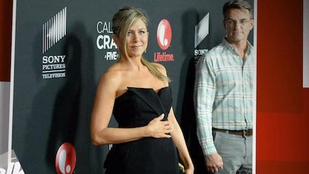 Jennifer Aniston thường xuyên bị chất vấn về chuyện có con