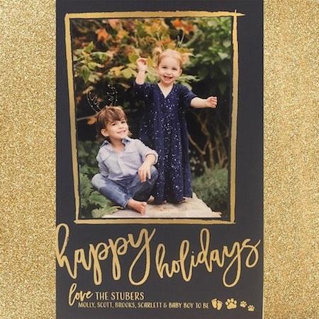 Cặp sao Molly Sims và Scott Stuber thì kỉ niệm ngày lễ Giáng sinh bằng hình ảnh đáng yêu của hai con Brooks, Scarlett