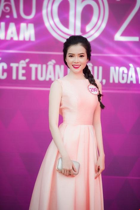 Huỳnh Thúy Vi - người đẹp giống hoa hậu Nguyễn Cao Kỳ Duyên - Ảnh 15.