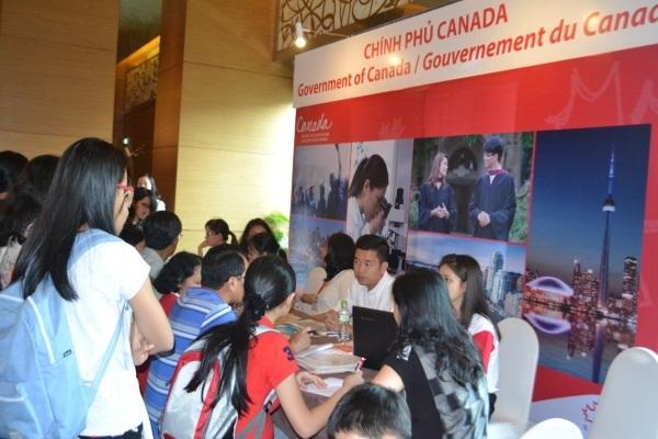 Cựu sinh viên chia sẻ kinh nghiệm học tập tại Canada