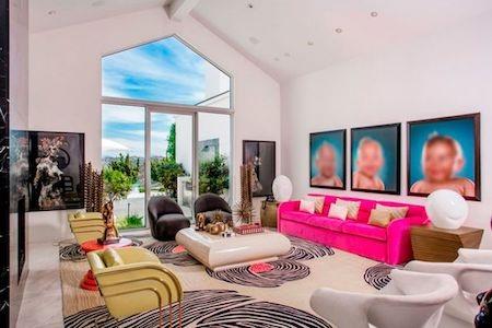 Siêu dinh thự được trang bị nội thất hiện đại…