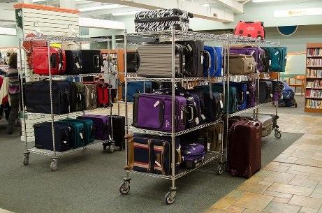 Ghé thăm cửa hàng bán hành lý bị thất lạc ở Alabama - 3