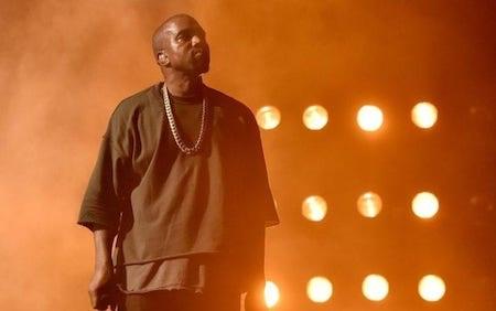 Kanye West cũng giành được tới 8 đề cử