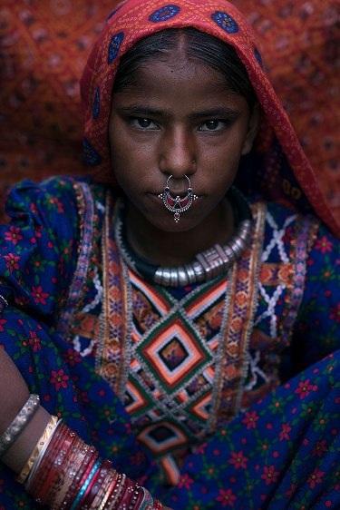 Những bộ lạc đang dần biến mất trên thế giới - 3