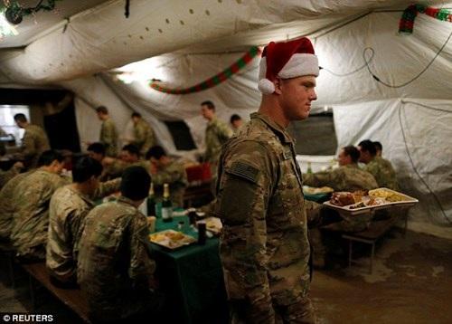 Liên quân do Mỹ đứng đầu đang hỗ trợ Iraq và Syria trong cuộc chiến chống IS.