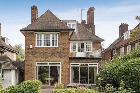 Ngôi nhà đã có lịch sử tồn tại gần 60 năm…
