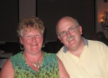 Hiện tại, Linda đã tái hôn và sống hạnh phúc bên một người đàn ông khác