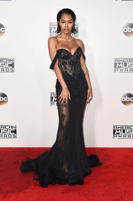 Nữ diễn viên Teyana Taylor đầy kiêu sa và quyến rũ trên thảm đỏ