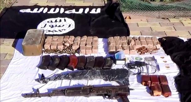 An ninh Nga tấn công tiêu diệt cha con trùm khủng bố - 5