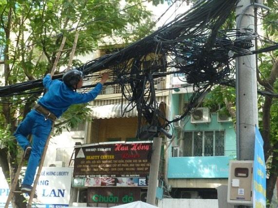 Việt Nam đứng thứ 3 danh sách những quốc gia có đường dây điện… kinh hoàng nhất thế giới - 4