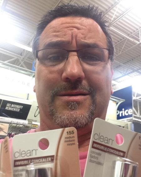 Được con gái nhờ đi mua đồ trang điểm mà chẳng biết chọn loại nào cho phù hợp