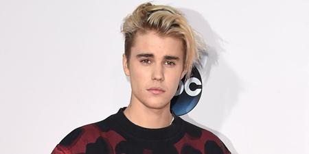 """Trở lại đầy thành công với album """"Purpose"""", """"hoàng tử nhạc pop"""" Justin Bieber đã liên tục thống trị trên các bảng xếp hạng âm nhạc của thế giới. Chuyến lưu diễn """"Purpose world tour"""" cũng đã giúp cho tên tuổi của chàng ca sĩ người Canada phủ sóng rộng rãi."""