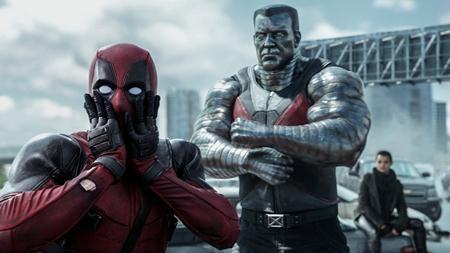 """Dù là một bộ phim siêu anh hùng bị dán nhãn R, """"Deadpool"""" vẫn thu về tới 783.1 triệu đô la Mỹ doanh thu phòng vé trên toàn cầu và trở thành bom tấn hàng đầu của hãng 20th Century Fox trong năm qua."""