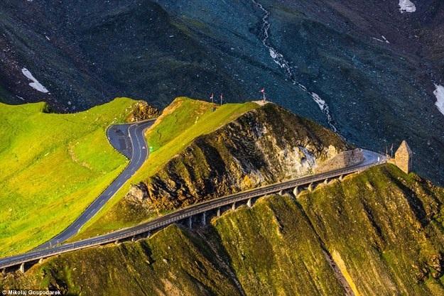 Bộ ảnh về tuyến đường đẹp nhất châu Âu khiến mọi phượt thủ si mê - 5