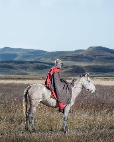 Những bức ảnh tuyệt đẹp về cuộc sống trên lưng ngựa vùng núi Lesotho - 6