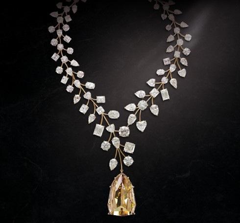 Điểm danh những món trang sức đắt nhất thế giới - 6