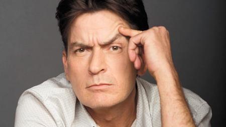 Charlie Sheen đã thay đổi nhiều kể từ ngày công khai chuyện nhiễm HIV