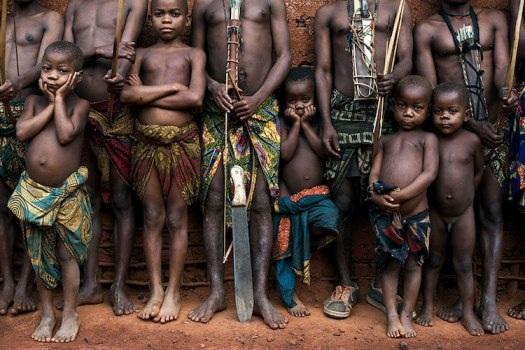 Những bộ lạc đang dần biến mất trên thế giới - 6