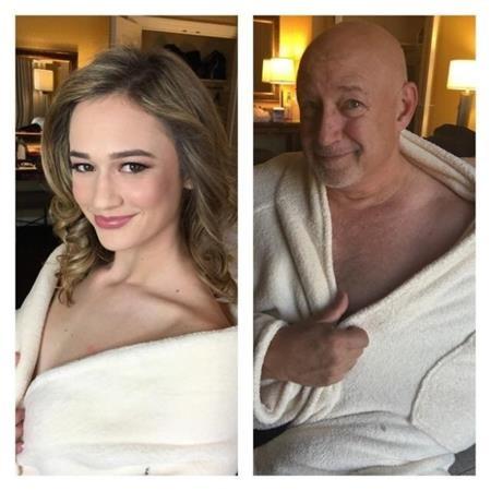 """Cũng mặc áo choàng tắm khoe vai trần """"sexy"""" như ai"""