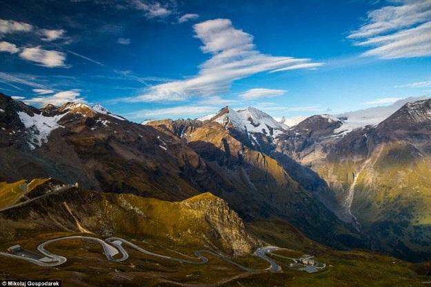 Bộ ảnh về tuyến đường đẹp nhất châu Âu khiến mọi phượt thủ si mê - 8