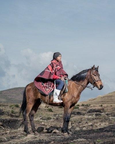 Những bức ảnh tuyệt đẹp về cuộc sống trên lưng ngựa vùng núi Lesotho - 8