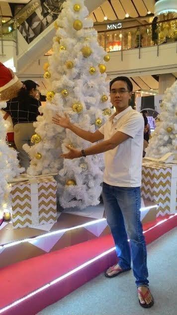 Người Việt đón Noel ở Bangkok - 9